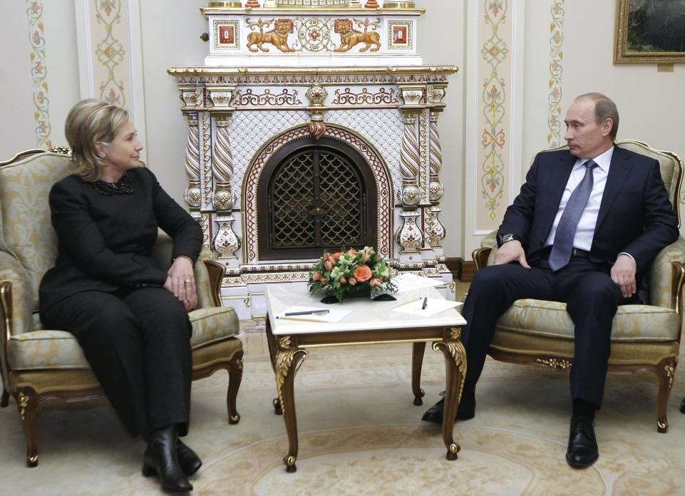 Embajador de Vladimir Putin también se reunió con asesores de Hillary Clinton
