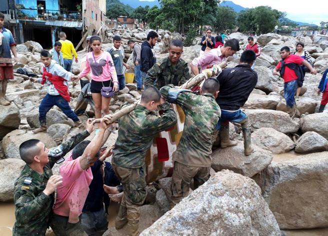 Avalancha en el sur de Colombia deja 154 muertos