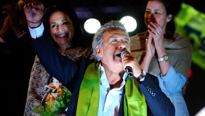 Opositor Lasso denuncia irregularidades y al 96% de votos contados Moreno tiene 51.15% y es virtual Presidente del Ecuador