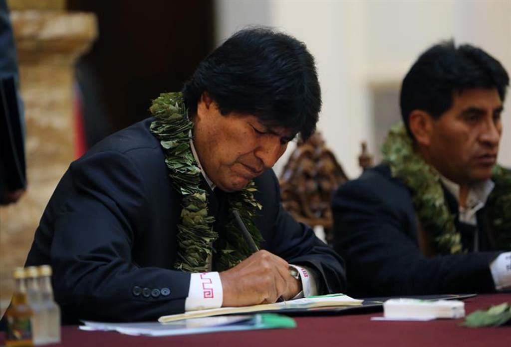En el margen del Día del Trabajador Evo Morales aumenta el sueldo mínimo