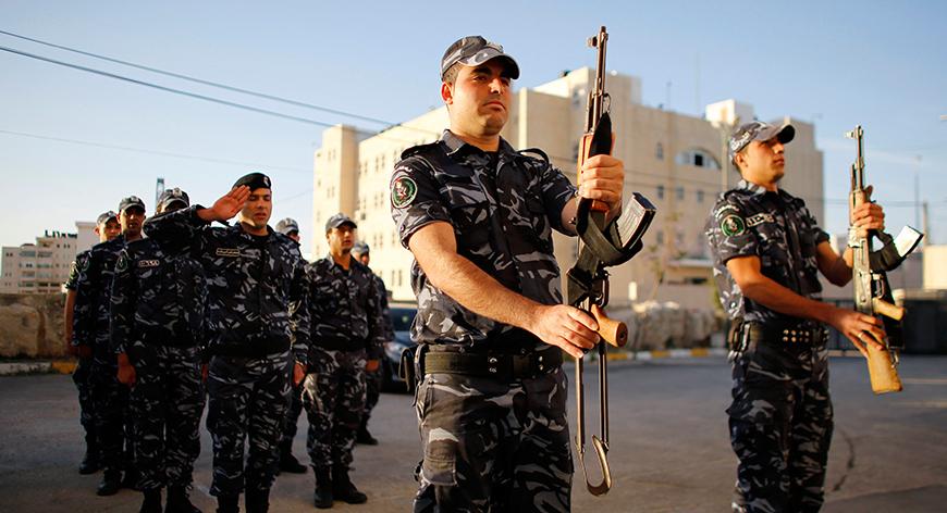 Las Fuerzas de Seguridad Palestina votan hoy, de primeros, en las elecciones locales