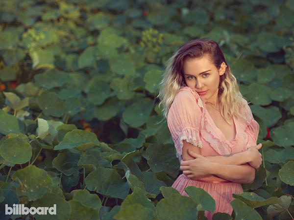 ¡Miley Cyrus regresa: con disco nuevo!