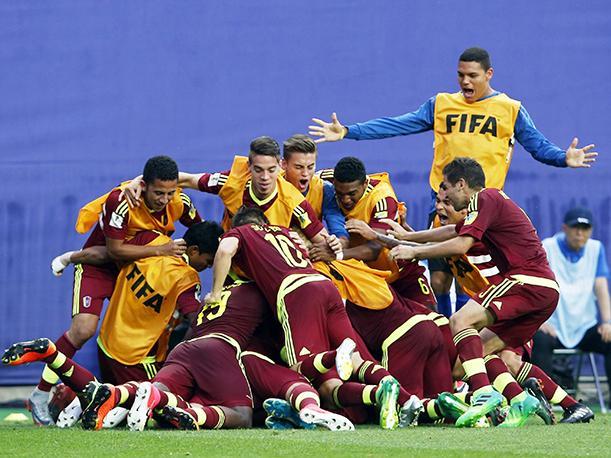 Un cabezazo del capitán Herrera en el minuto 108 propulsó a Venezuela a los cuartos de final del Mundial sub-20