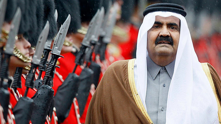 Kuwait se ofreció a mediar la crisis de Catar con otros siete países árabes
