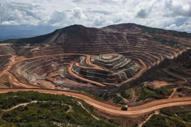 México retiene 360 millones de dólares a mineras canadienses