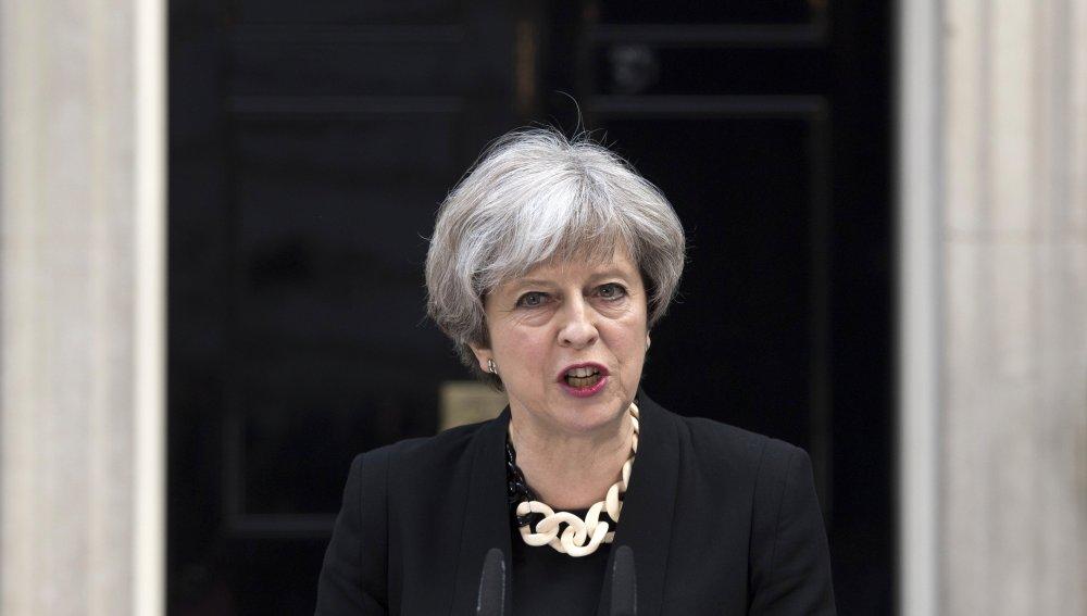 Theresa May no dimitirá aunque haya perdido la mayoría absoluta