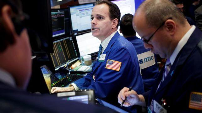 Wall Street abrió hoy con pérdidas y el Dow Jones de Industriales, su principal indicador, bajaba un 0,34 %