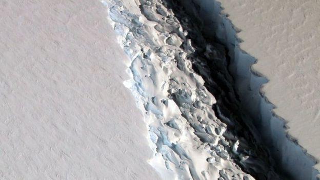 Se desprende de la Antártica el gigantesco iceberg que científicos observaban desde hace meses