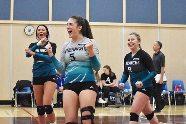 COTR: Five Avalanche players honoured for Academic Excellence by PACWEST
