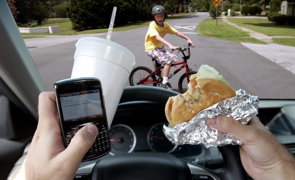 Columbia Valley RCMP putting breaks on distracted driving in March