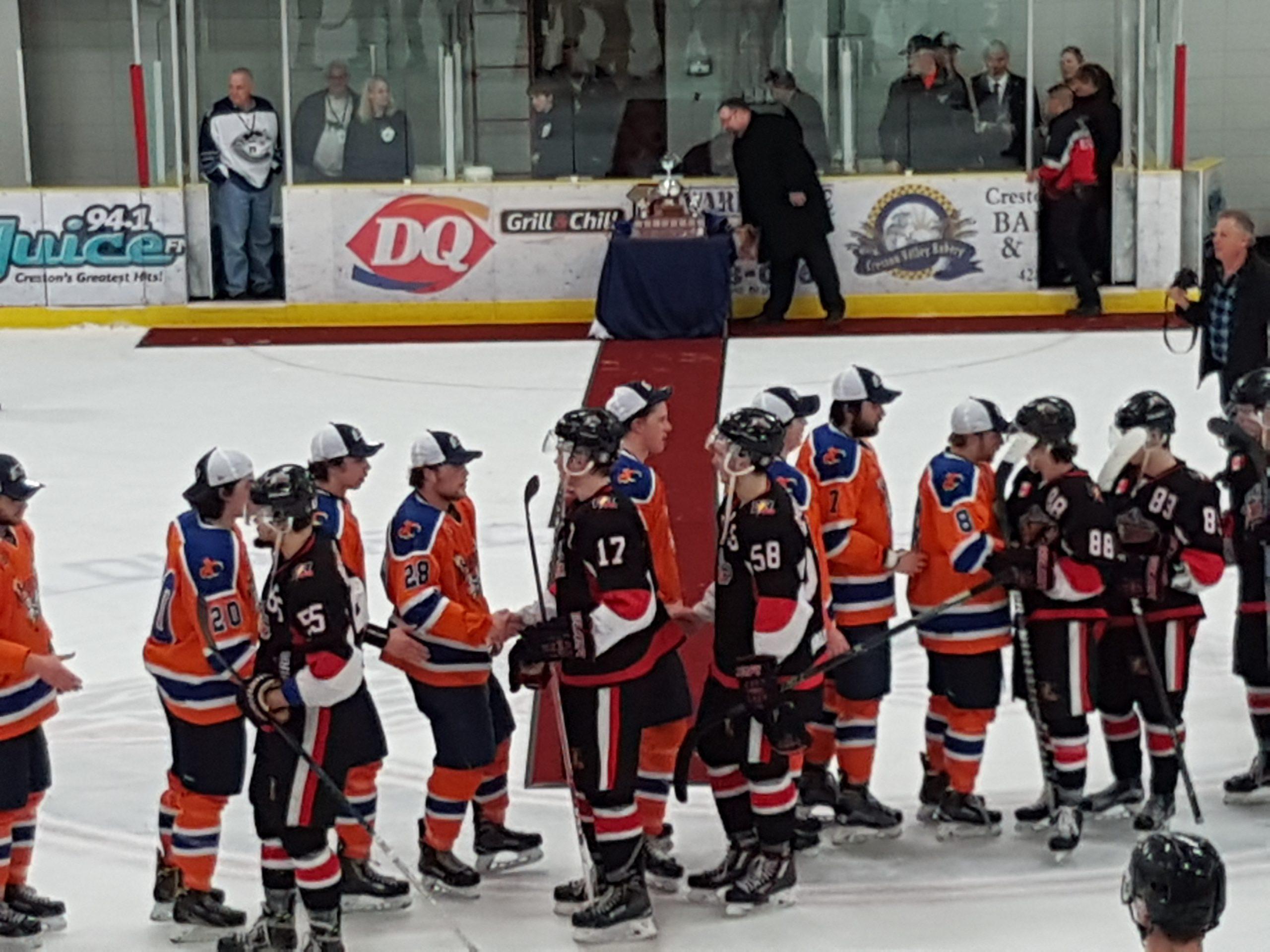 KIJHL's Beaver Valley Nitehawks win 2017 Cyclone Taylor Cup