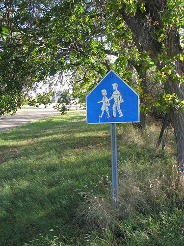 Elk Valley RCMP reminds residents to obey school zone laws