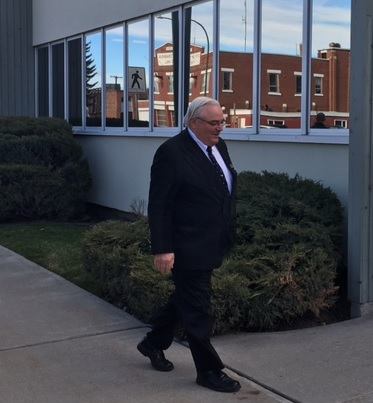 Blackmore lawyer to launch challenge over evidence in polygamy trial