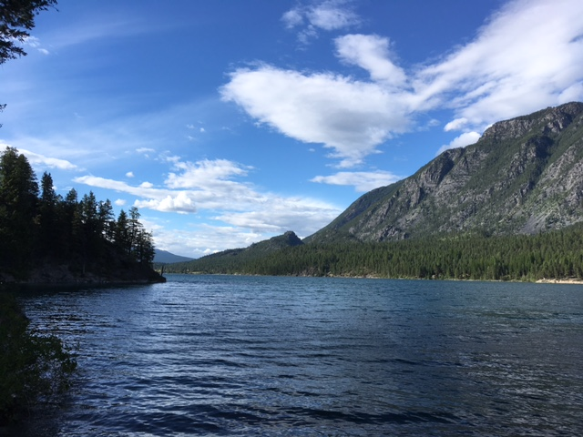 Premier Lake boaters not giving enough space to wildfire planes