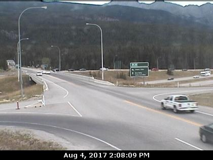 HWY 93 closed again between Radium, border
