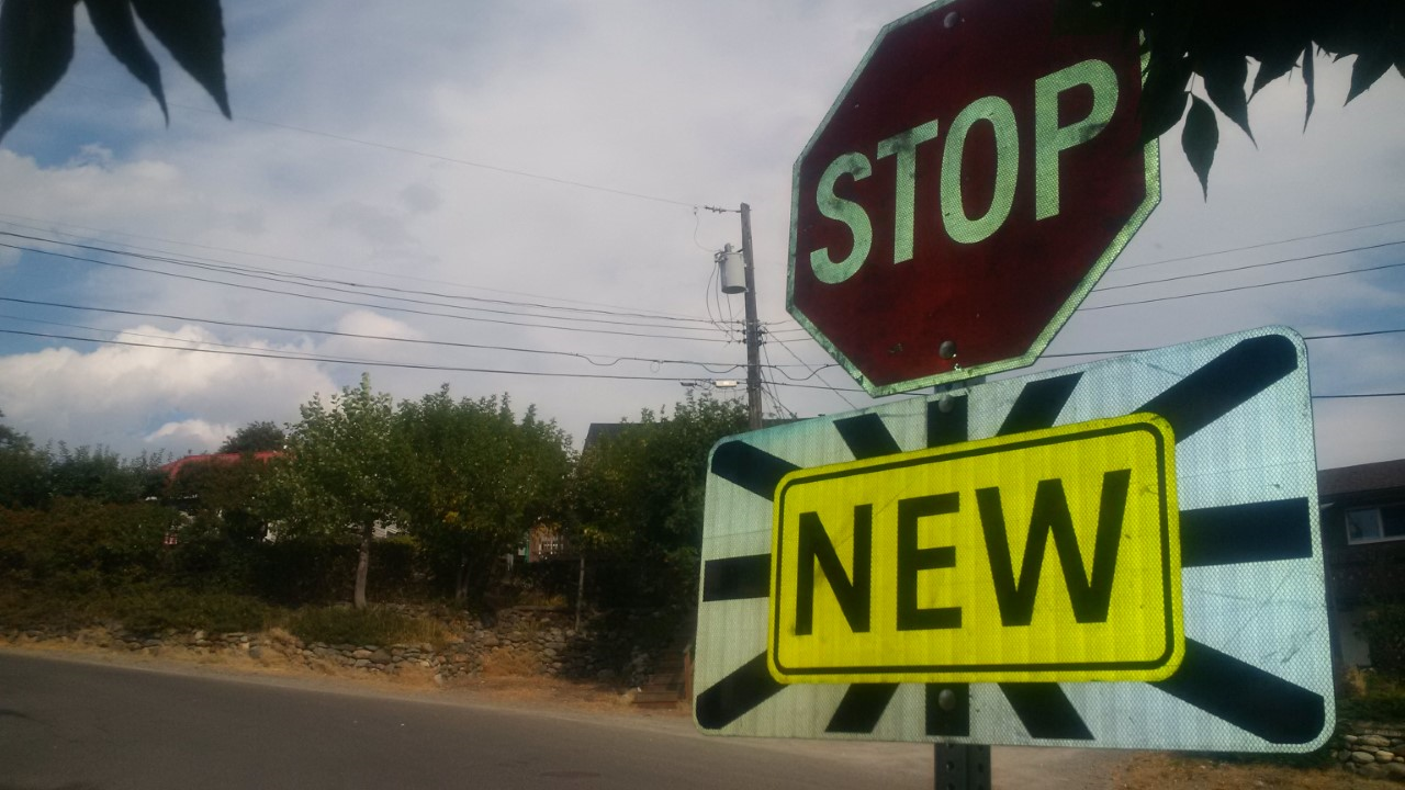 New stop sign installed near Kimberley's Selkirk Secondary