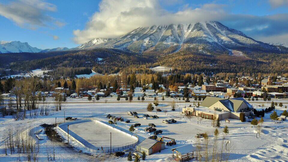 Fernie unveils new outdoor ice Thursday