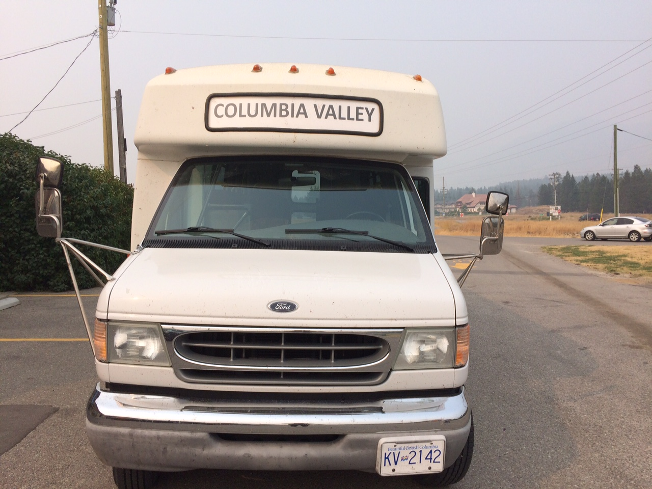Commuter bus from Invermere to Calgary reducing service