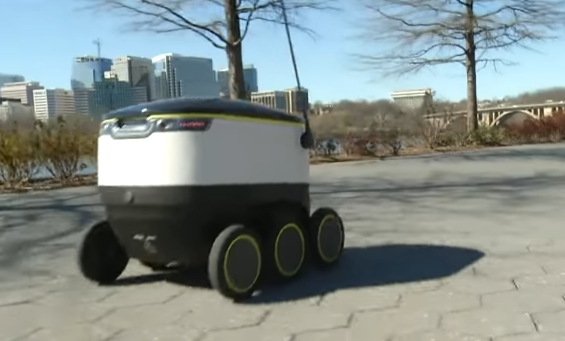 Food Delivery Robots Are Starting To Become A Thing!!
