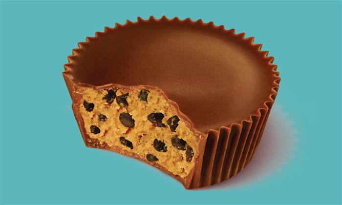 New Reese's Pieces Crunchy Cookie Cups!