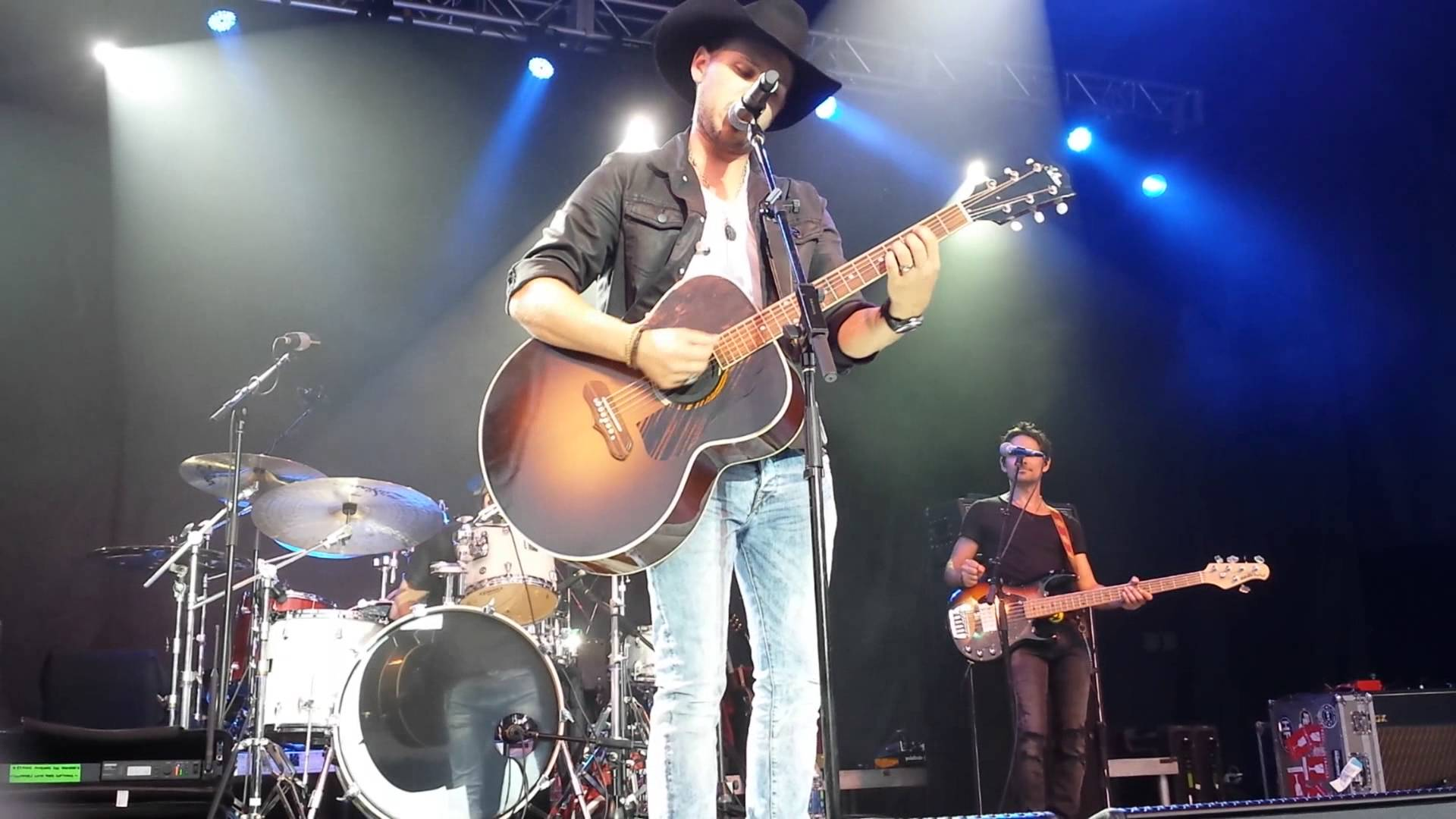 Brett Kissel Hitting the road in the New Year!