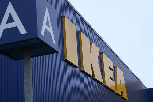 "IKEA Glass Furniture ""Spontaneously"" Exploding"