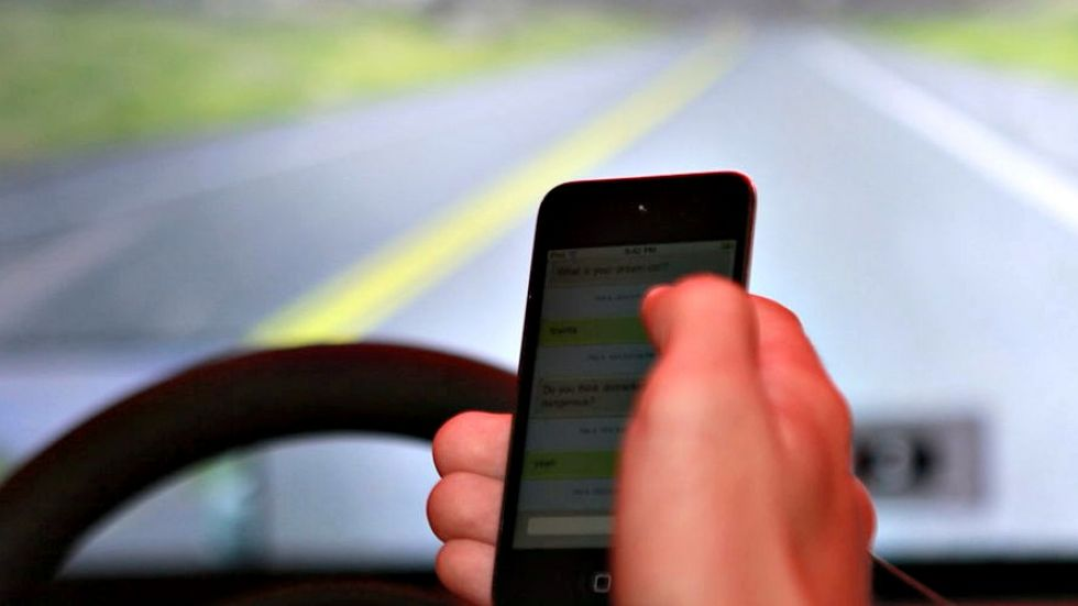 Few additional distracted driving tickets given to mid-island drivers during crackdown