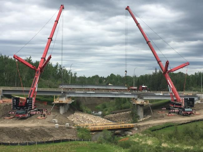 68th Avenue bridge construction resumes