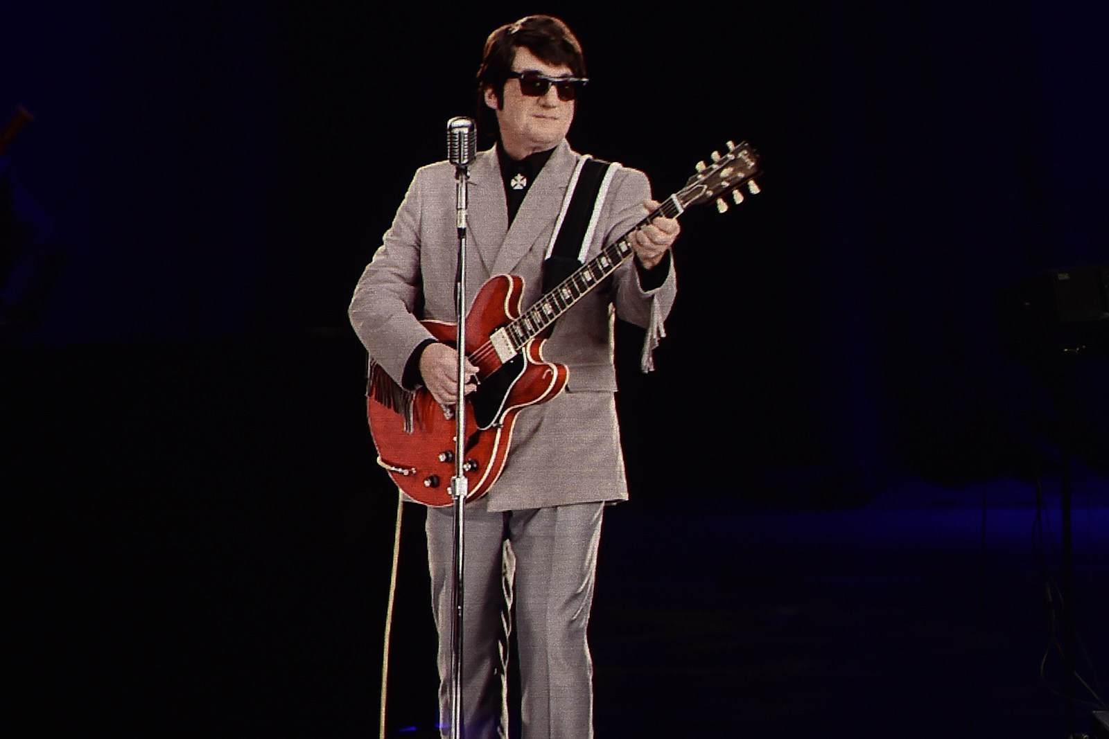 "Roy Orbison Singing ""Oh Pretty Woman"" in 2018"