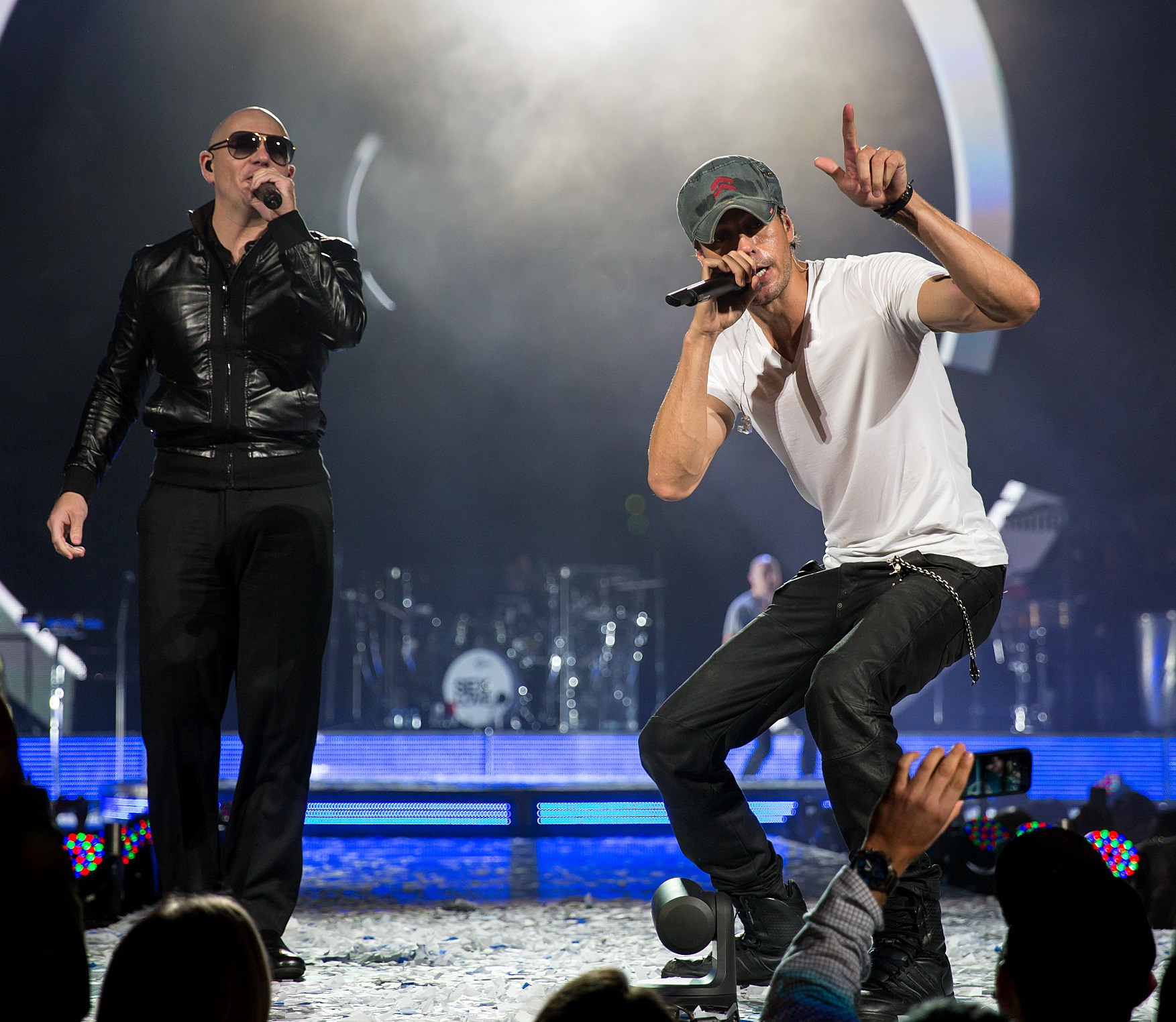 NEW MUSIC: Enrique Iglesias And Pitbull Came Out With A New Song 'Move To Miami'