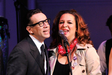 MAYA RUDOLPH AND FRED ARMISEN ARE BACK!