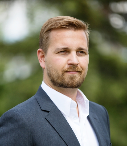NOT EVERYONE IS JUMPING OFF THE FILDEBRANDT BANDWAGON