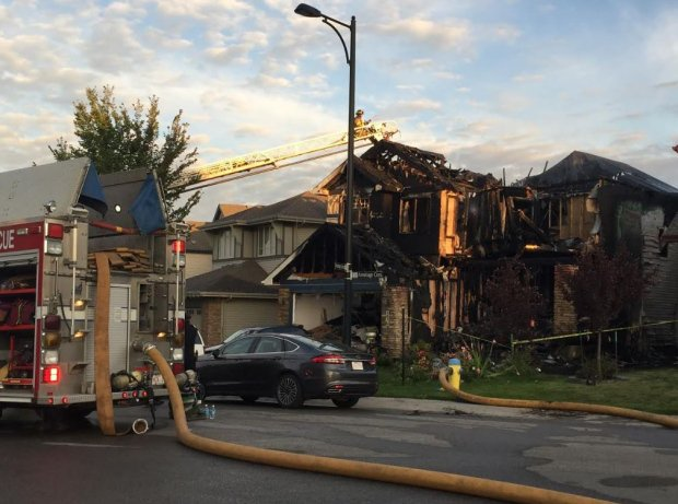 EDMONTON POLICE STILL LOOKING FOR SUSPECTS IN DEADLY HOUSE FIRE