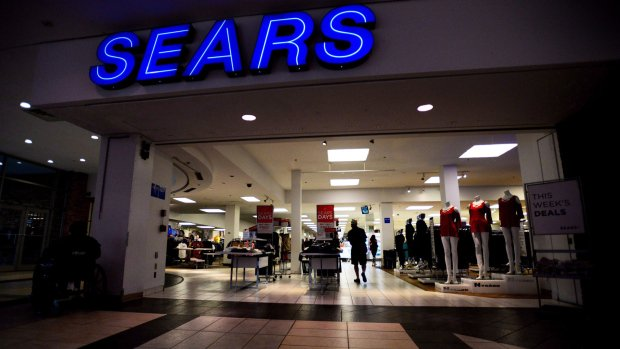SEARS-CANADA GETS COURT OKAY TO START LIQUIDATING ALL ITS STORES