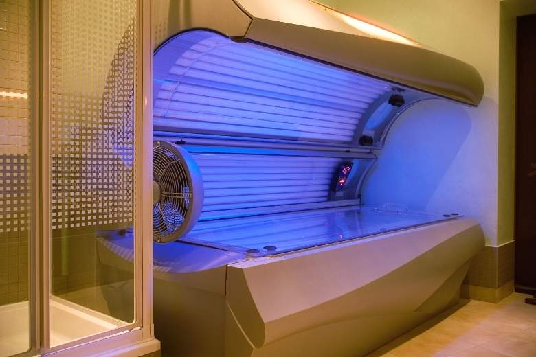 PEOPLE UNDER 18 YEARS OF AGE---NO LONGER ALLOWED TO USE TANNING BEDS--AS OF JANUARY 1ST