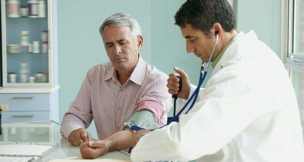 RESEARCHERS SAY REGULAR CHECKUPS IF YOU'RE FEELING HEALTHY---ARENT REALLY NEEDED