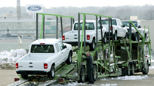 FORD RECALLING RANGER PICKUPS BECAUSE OF FAULTY AIRBAG INFLATORS
