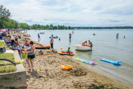 SYLVAN LAKE LOOKING TO SPRUCE UP ITS WATERFRONT