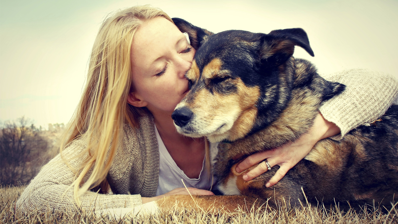 NEW STUDY SAYS ASKING IF A PATIENT HAS A PET---CAN STRENGTHEN THE BOND A DOCTOR HAS WITH THAT PERSON