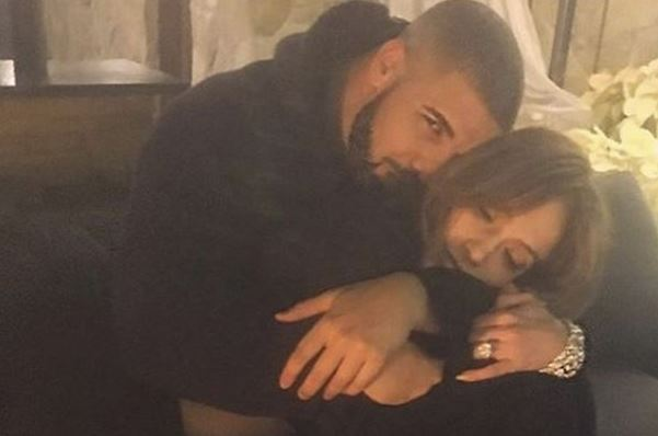 "Jennifer Lopez Hints At Drake ""Booty Call"" During Concert"