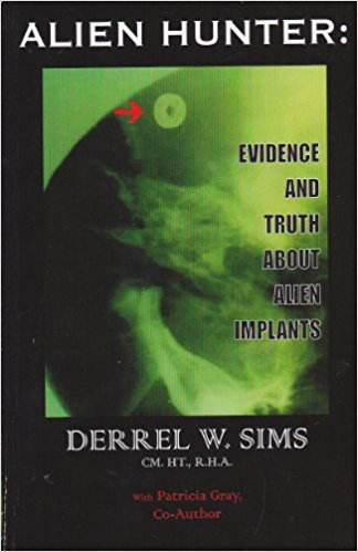 book-jacket-photo-of-derrel-simss-book-alien-hunter-evidence-and-truth-about-alien-implants