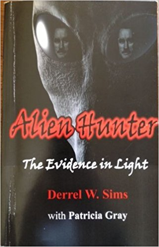 book-jacket-photo-of-derrel-simss-book-alien-hunter-the-evidence-in-light
