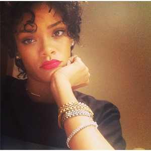 Chris Brown Spoils Rihanna on Her Birthday!