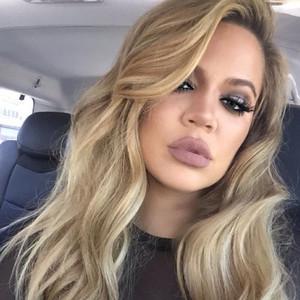 Khloe Kardashian plans to eat her placenta!